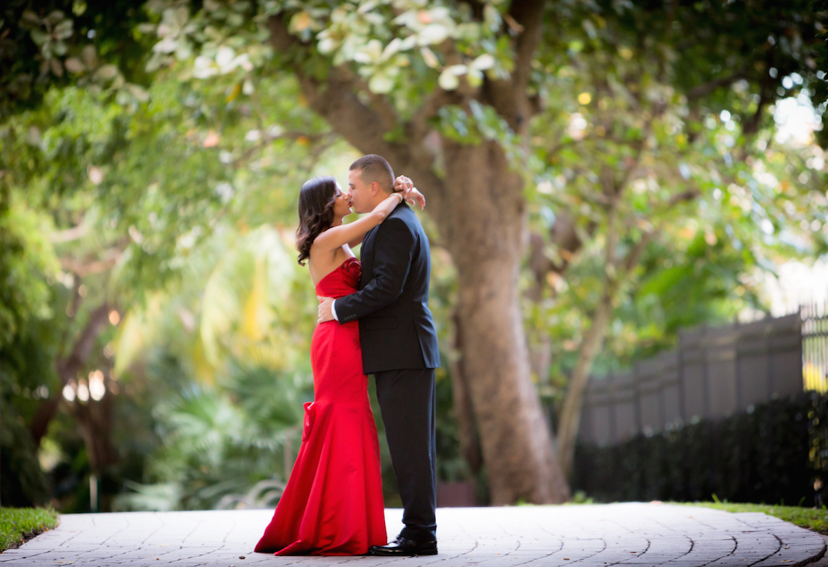 Alfredo Valentine Fort Lauderdale Photographer Aricelly and Angelo engagement photography session in Brickell Miami, Florida at 600 Biscayne Blvd and Tamarina Restaurant by Alfredo Valentine Photographer owner of Couture Bridal Photography