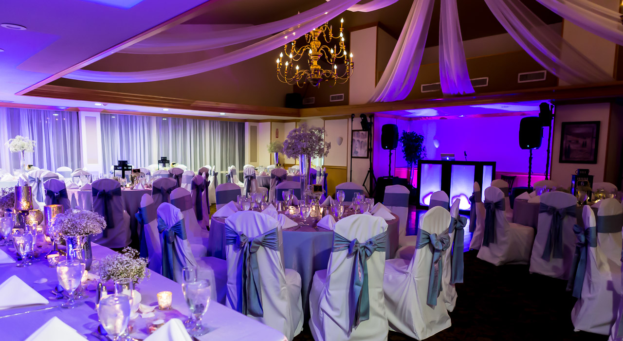 Wedding Photography and information about the Bonaventure Country club by Couture Bridal Photography
