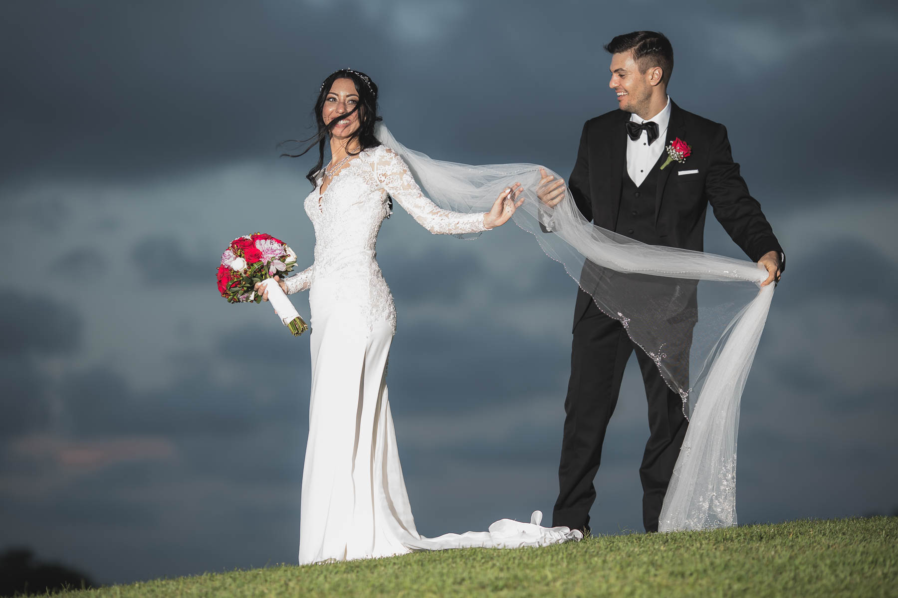 Couture Bridal Photography offers the best information and tips on things to know when considering a wedding photographer
